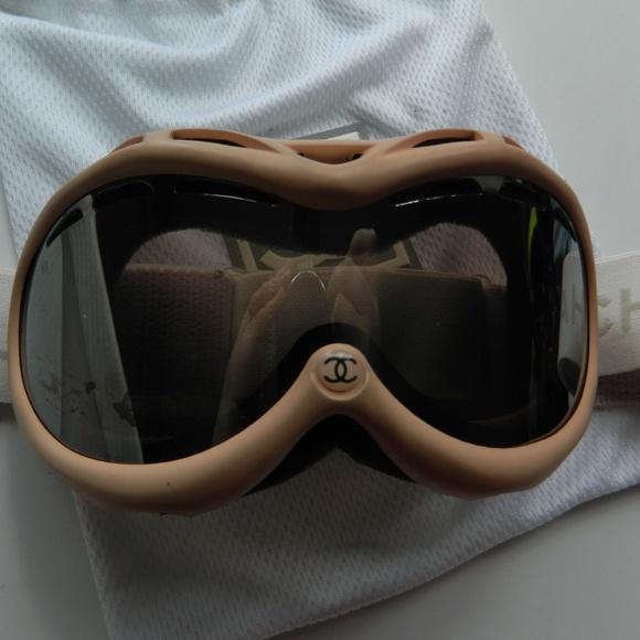 813e5cea5170 CHANEL Accessories - Vintage 2001 Chanel Pink Ski Snow Goggles